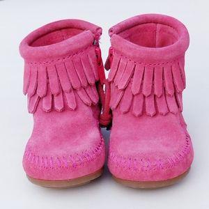 MinneTonka Moccasin Boots Fringe